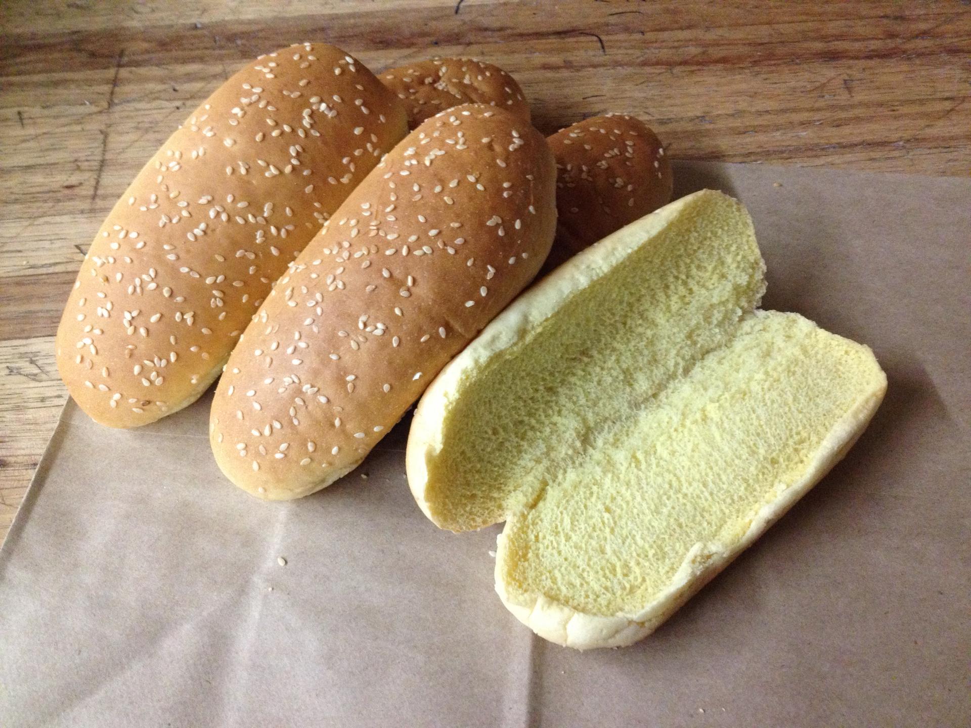 "7"" Hot Dog Sesame"