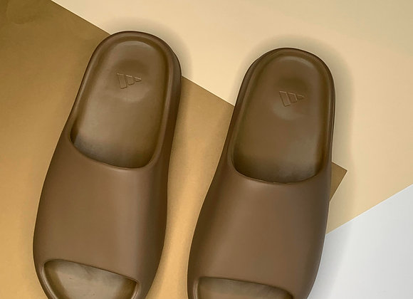 Yeezy Core Slide