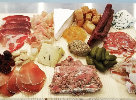 Master your Holiday Charcuterie Board
