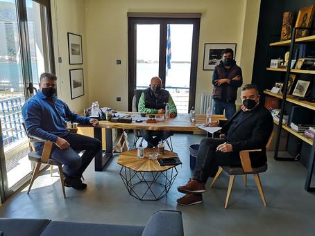 Συνάντηση Θέμη Χειμάρα με το Δήμαρχο Καμένων Βούρλων Γιάννη Συκιώτη για τη νέα προγραμματική περίοδο