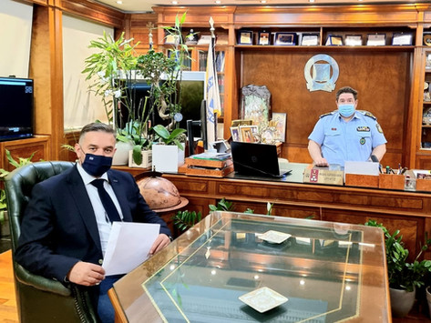 Συνάντηση με τον Αρχηγό της ΕΛΑΣ Αντιστράτηγο Μιχαήλ Καραμαλάκη για την ενίσχυση της Δ.Α. Φθιώτιδας