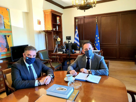 Συνάντηση Θέμη Χειμάρα με τον Αν. Υπουργό Εσωτερικών κ. Στέλιο Πέτσα