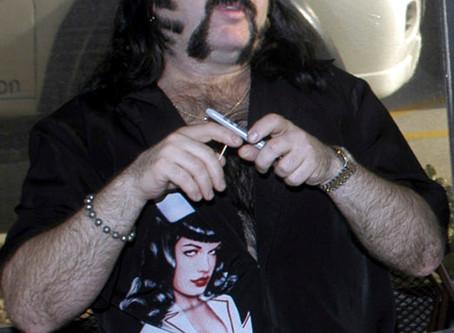 Vinnie Paul, co-founder, drummer of Pantera, dies at 54
