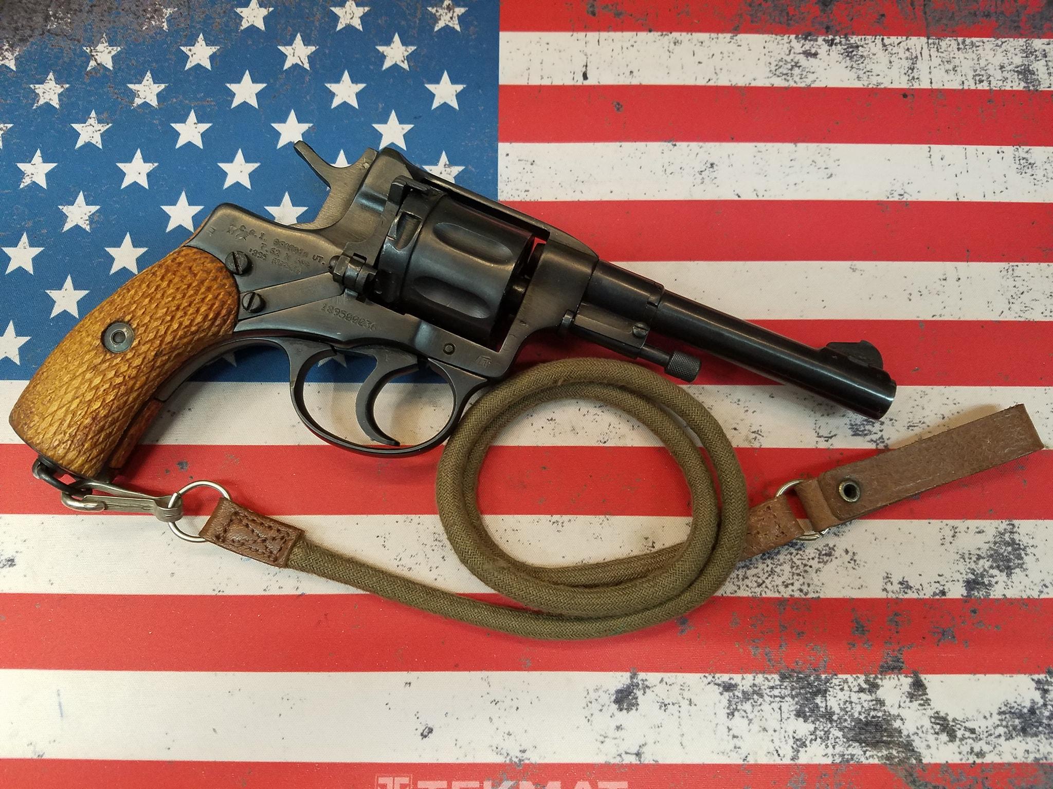 Nagant Tula M1895 Revolver