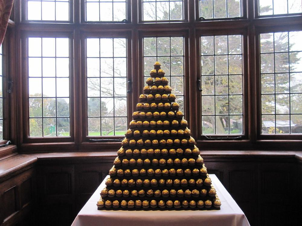 ferrero rocher pyramid wedding