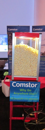 london-branded-popcorn-machine-hire.JPG