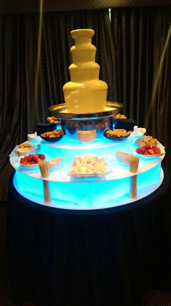 chocolate fountain hire white