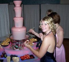 pink-chocolate-fountain-hire.jpg