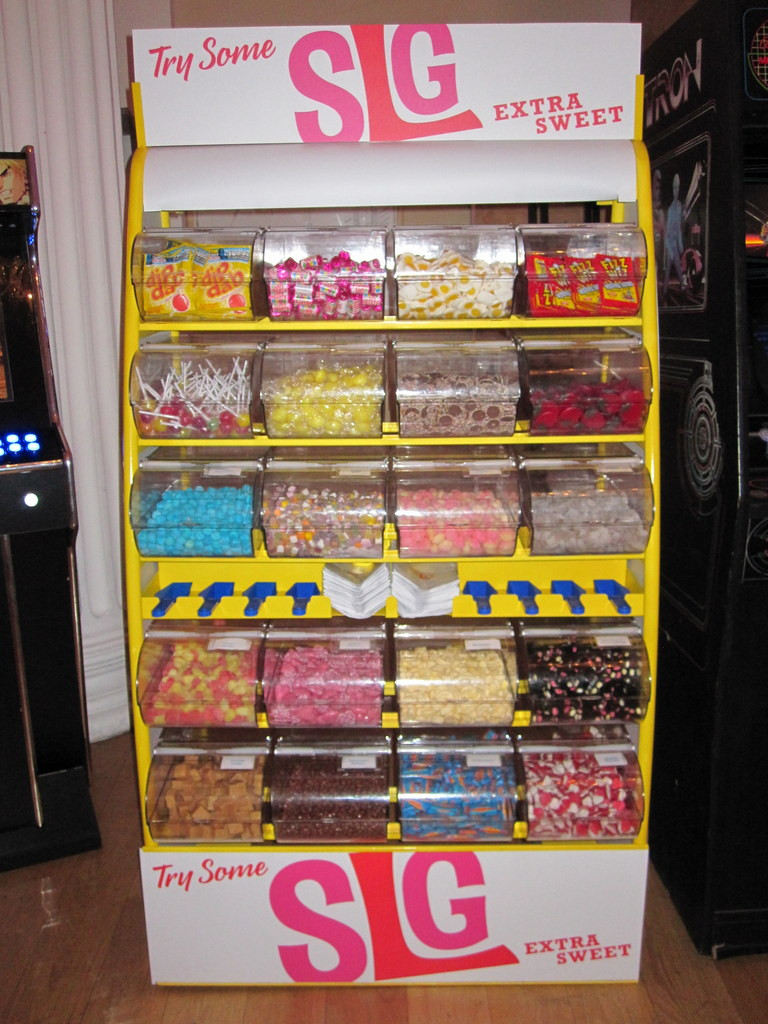 branded sweets display stand pik mix