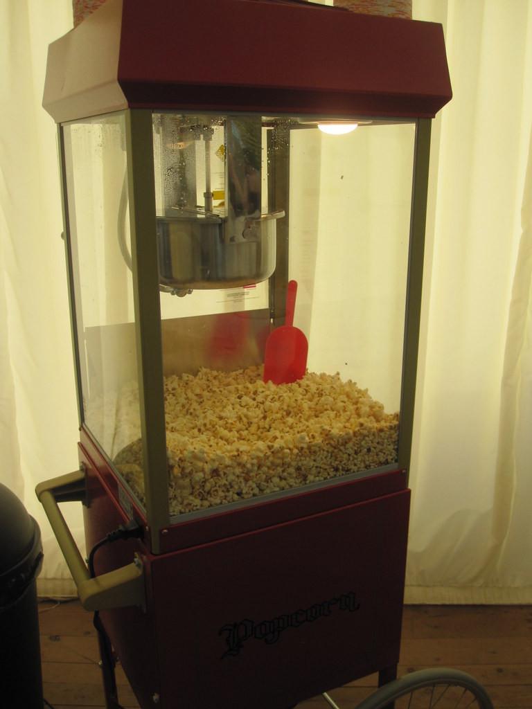 renting popcorn at wedding