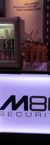 london-branded-ice-cream-machine-hire.jp