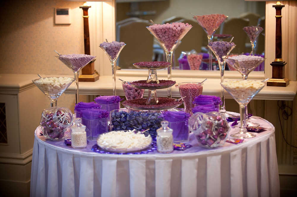 purple sweet table