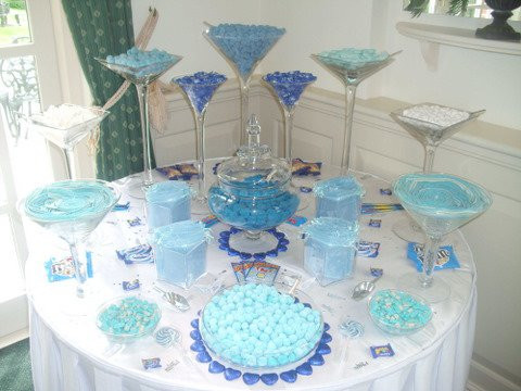 blue sweet table