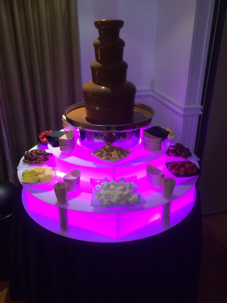 chocolate fountain hire london delivery