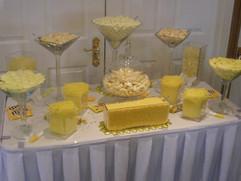 yellow-candy-buffet.JPG