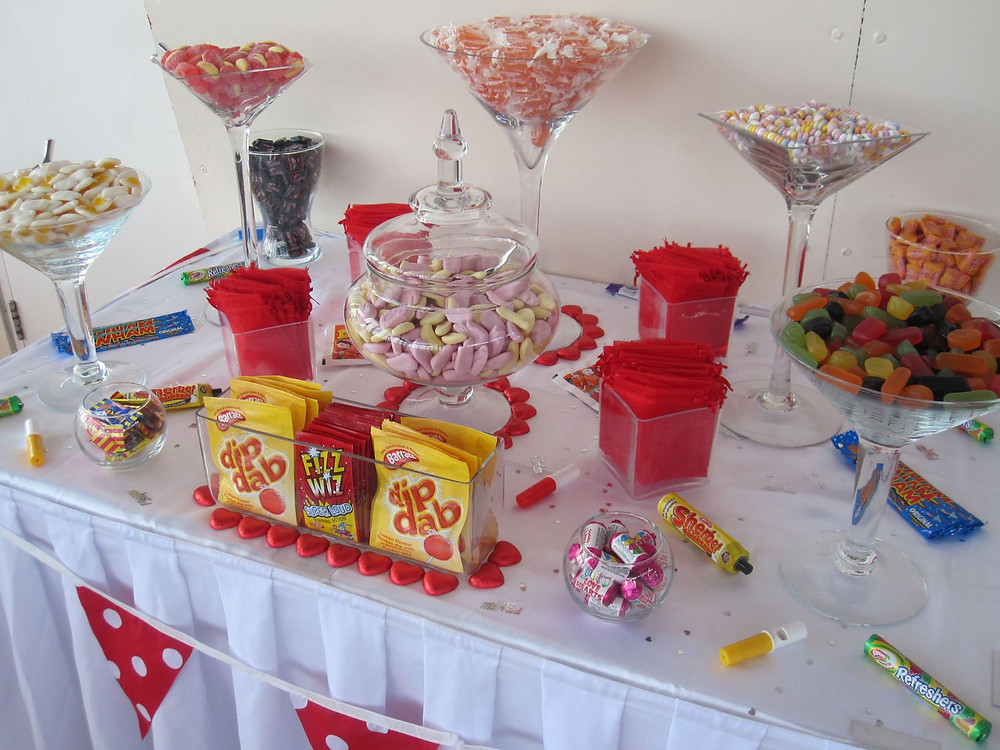 retro sweets table