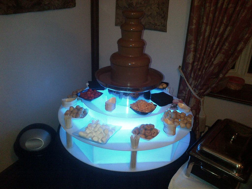 wedding chocolate fountain cost