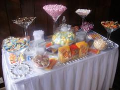 wedding-sweet-table.JPG