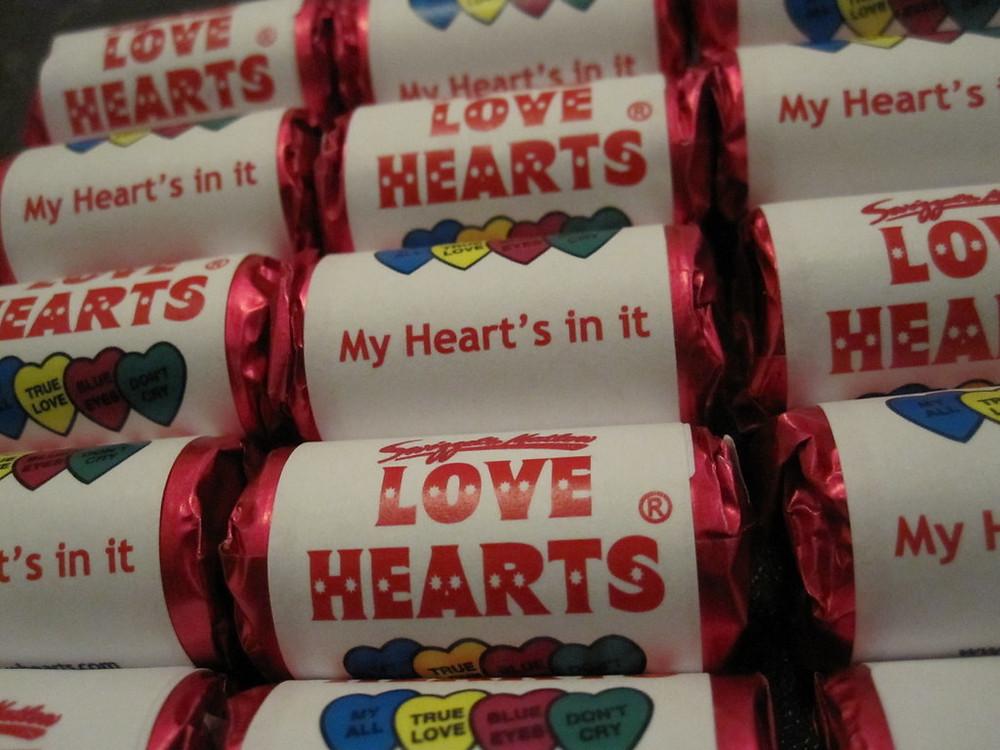 slogan love hearts