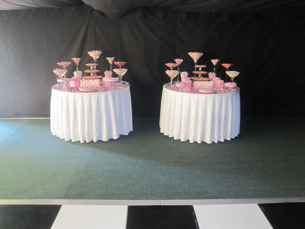 pink sweet tables