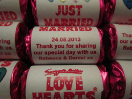 personalized-wedding-love-hearts-sweets.