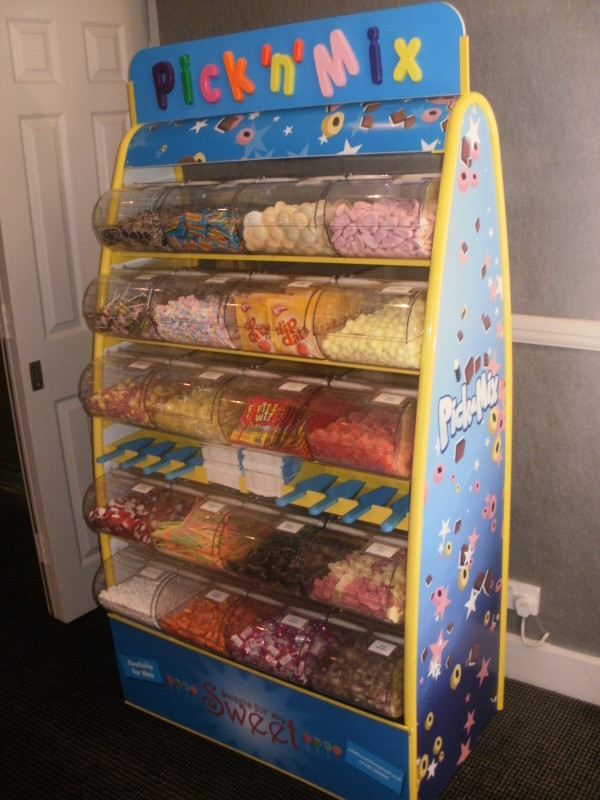 sweetie stand hire wedding