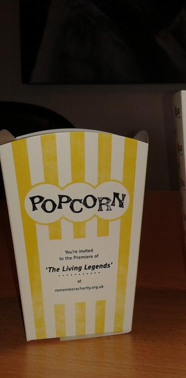 branded-popcorn boxes-32oz-yellow -24oz-