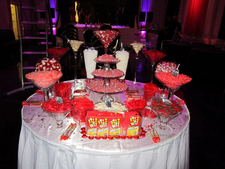 red sweet table event