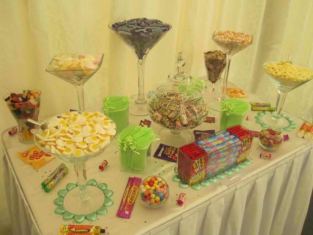 retro sweet table event