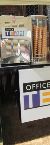 branded-ice-cream-machine-hire-london.jp