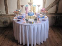 retro-sweet-table.jpg