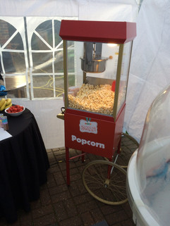 wedding-popcorn-machine-hire.jpg