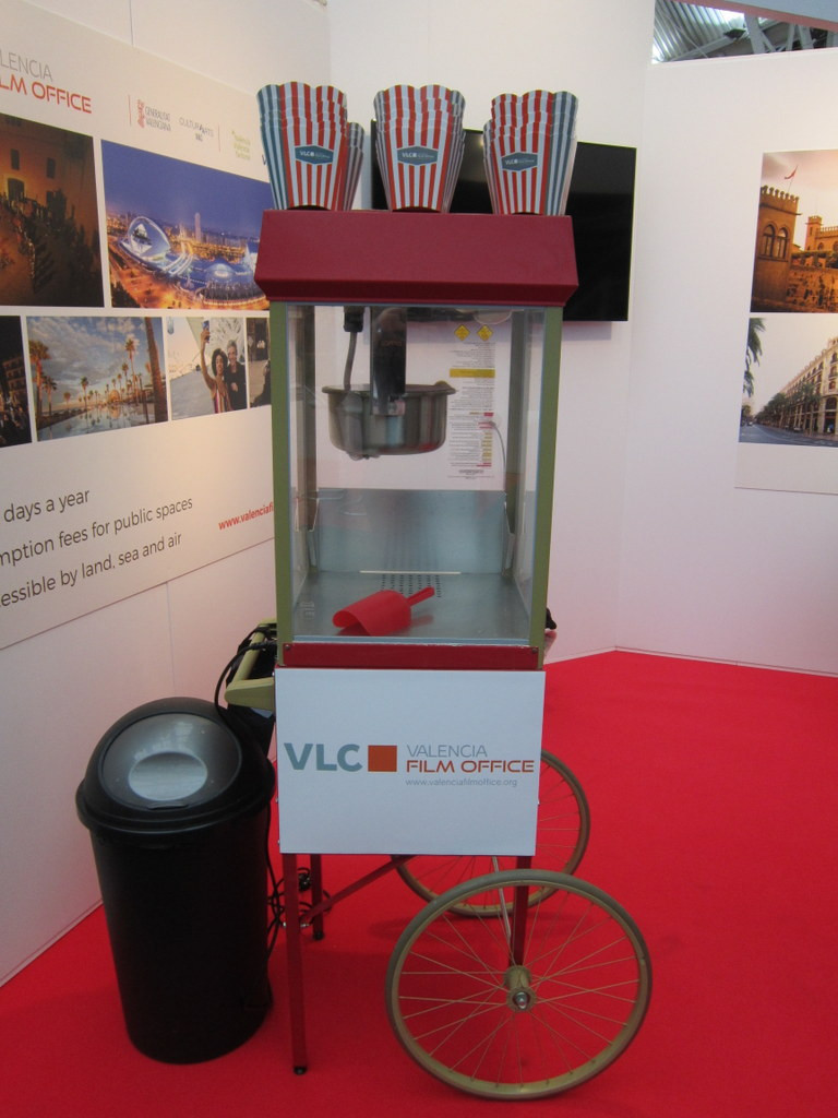 Branded popcorn carts for exhibitions