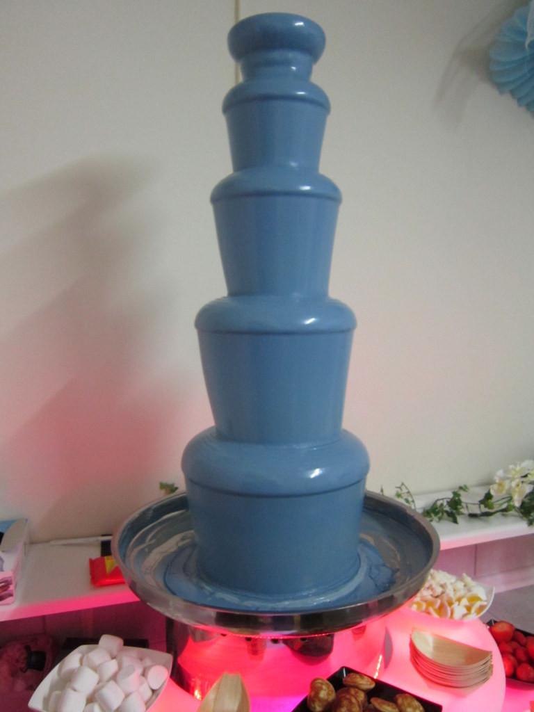 blue chocolate fountain hire