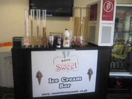 ice-cream-machine-hire.jpg