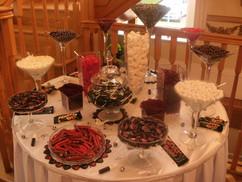 burgundy-black-white-sweet-table.JPG