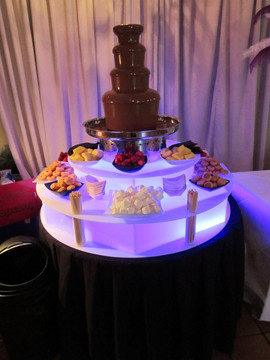 kent-chocolate-fountain-hire.jpg
