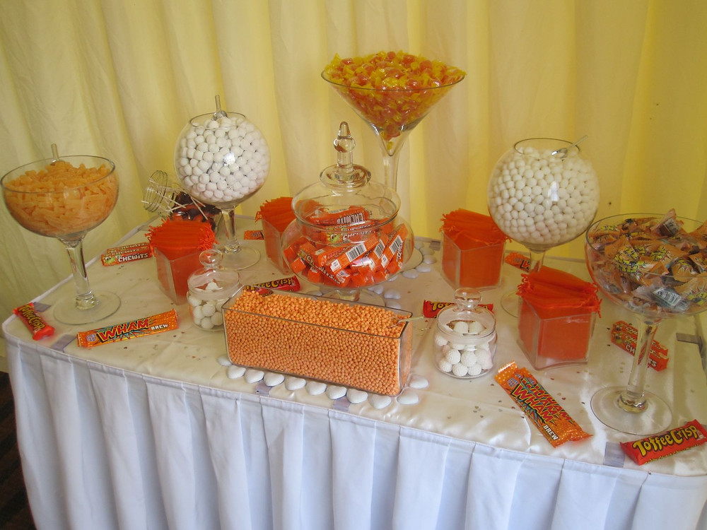 orange sweet table
