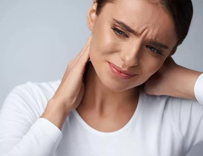 service-neck-shoulder-pain.jpg