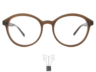 Brown matt for Song Gao and Friand