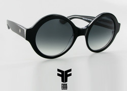 Pavlova C3 black clear