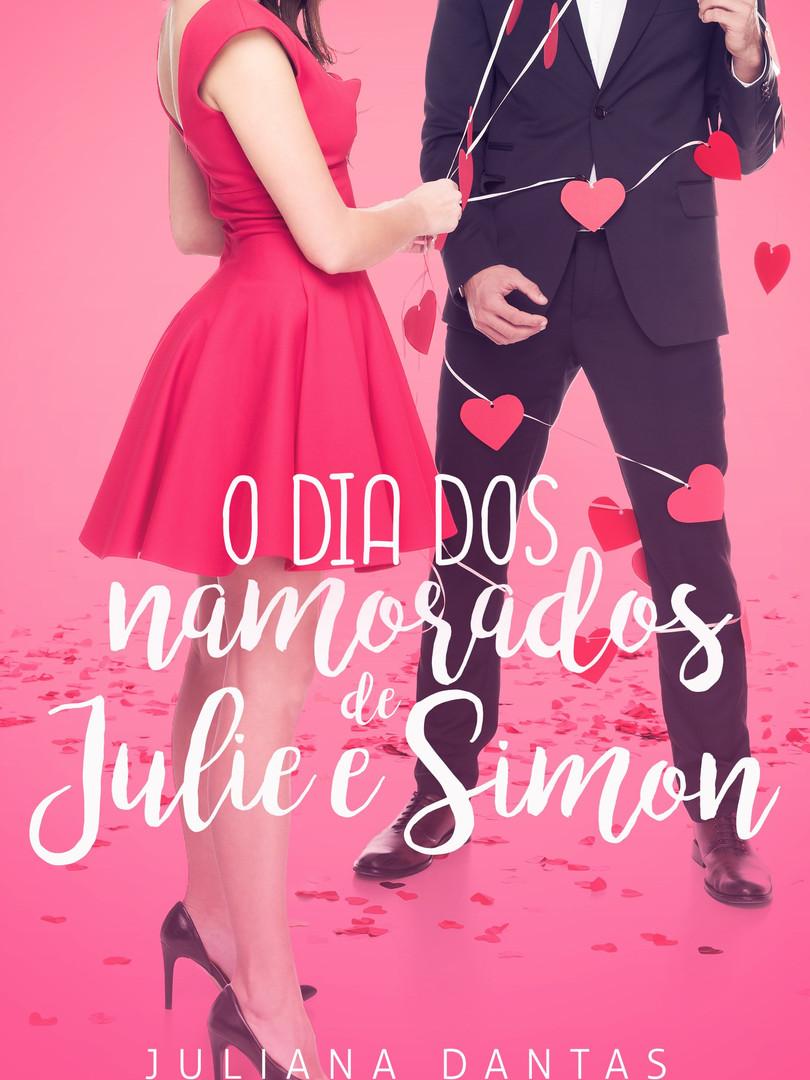 """Eles estão de volta!  Julie e Simon se envolveram em um noivado de mentira em """"Uma noiva de natal"""", se apaixonaram e ficaram noivos de verdade em """"Um noivado nada discreto"""" e agora vão viver uma louca lua de mel no dia dos namorados em Paris!  Preparem-se para mais confusão e romance com Julie e Simon!  O dia dos namorados de Julie e Simon é um conto dos livros Uma noiva de Natal e Um noivado nada discreto."""