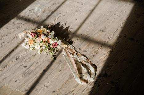 modern pastel wedding invitation (27).jp