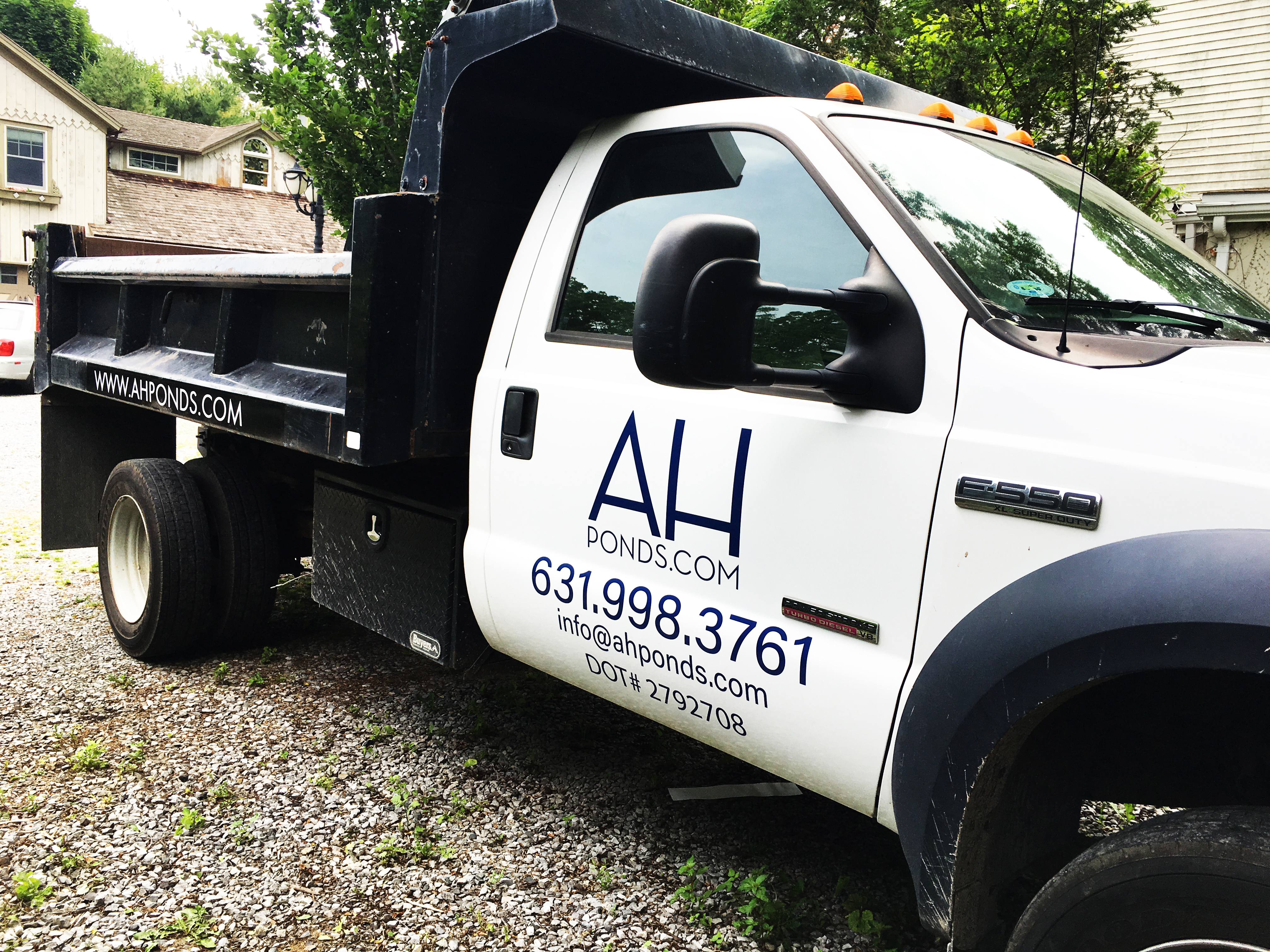 Truck Lettering & Graphics