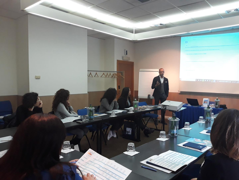 Formazione partner Axa assicurazioni. L'importanza delle polizze assicurative nell'organizzazione di un pacchetto turistico.