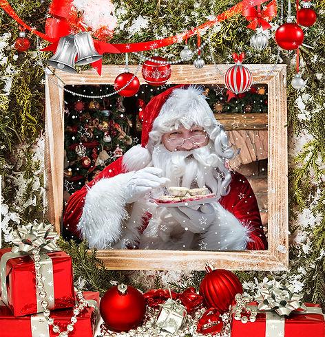 Dubai Santa enjoying a Mince pie or 3