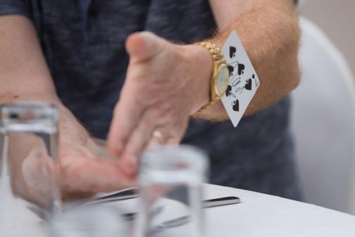 Close up Magician, Dubai