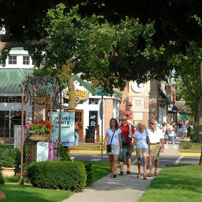 Lake Geneva Resort Activities - Downtown Shopping
