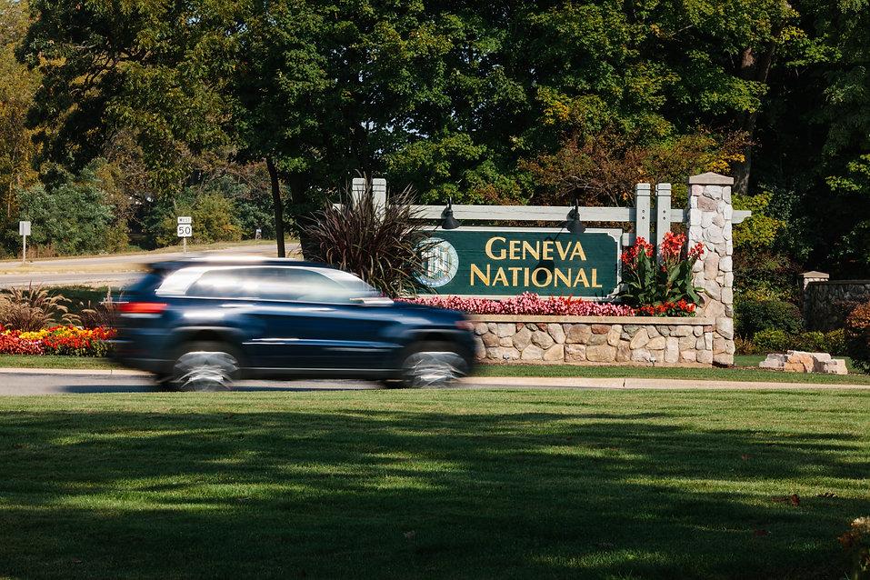 Geneva National Entrance Sign.jpg