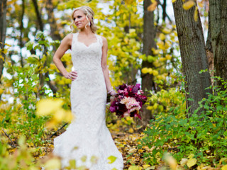 Fall in Love with Fall Wisconsin Weddings